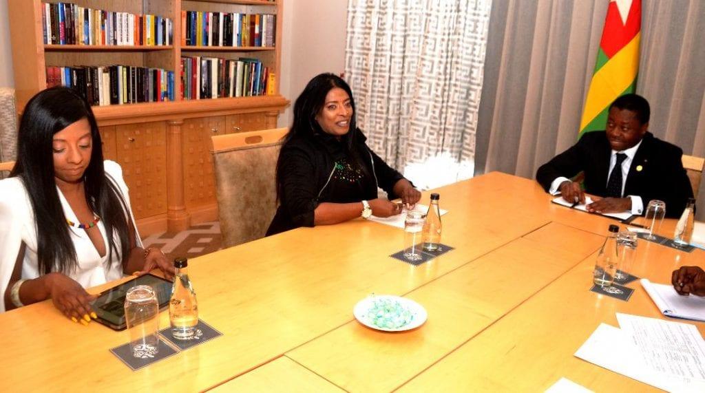 Le chef de l'Etat SEM Faure Essozimna Gnassingbé s'est entretenu, le 25 mai 2019 à Pretoria en Afrique du Sud, avec Madame Senisha Moonsamy, Directrice générale de Technology Innovation Agency (TIA)