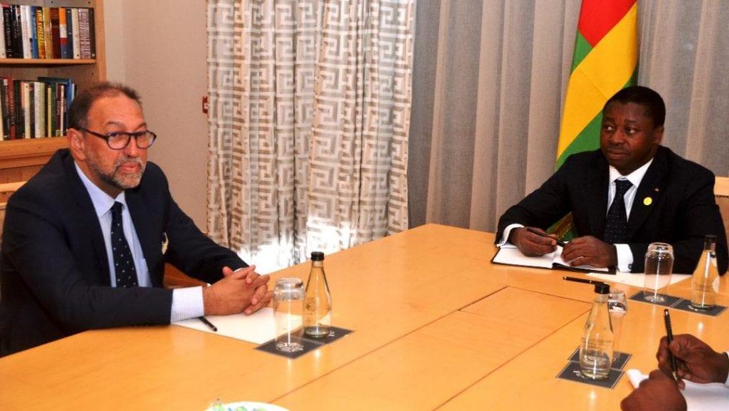 En marge de la cérémonie d'investiture du Président sud-africain Cyril Ramaphosa, le chef de l'Etat SEM Faure Essozimna Gnassingbé a reçu une délégation de Wave International.