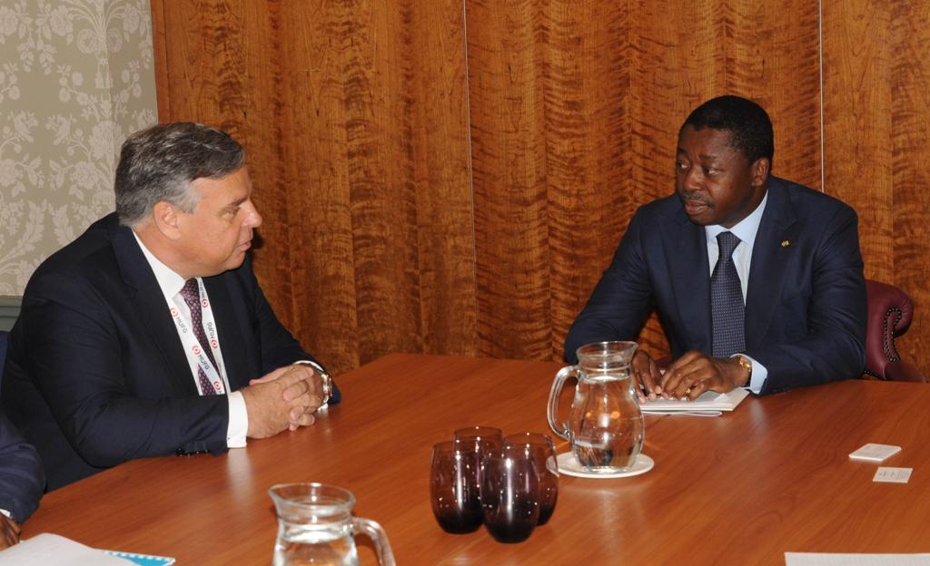 En séjour à Londres, le chef de l'Etat SEM Faure Essozimna Gnassingbé poursuit la promotion de sa nouvelle vision de transformation structurelle de l'économie togolaise traduite par le PND.