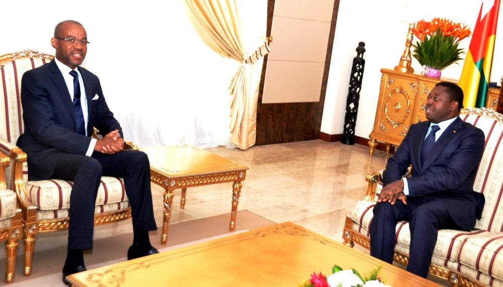L'ambassadeur du Gabon fait ses adieux au chef de l'Etat Le Président de la République SEM Faure Essozimna Gnassingbé a reçu, ce 26 juin 2019, l'ambassadeur du Gabon au Togo, Dr Sylver Aboubakar Minko-Mi-Nsème, en fin de mission.