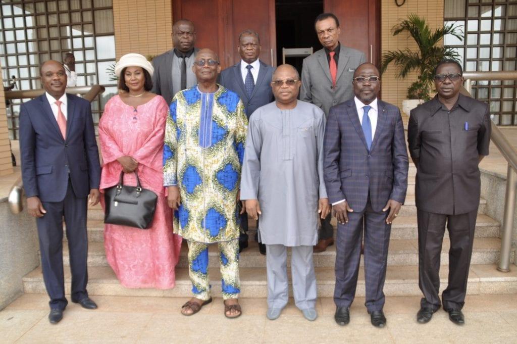 Le Président de la République SEM Faure Essozimna Gnassingbé a reçu une délégation de la Haute autorité de l'audiovisuelle et de la communication (HAAC).