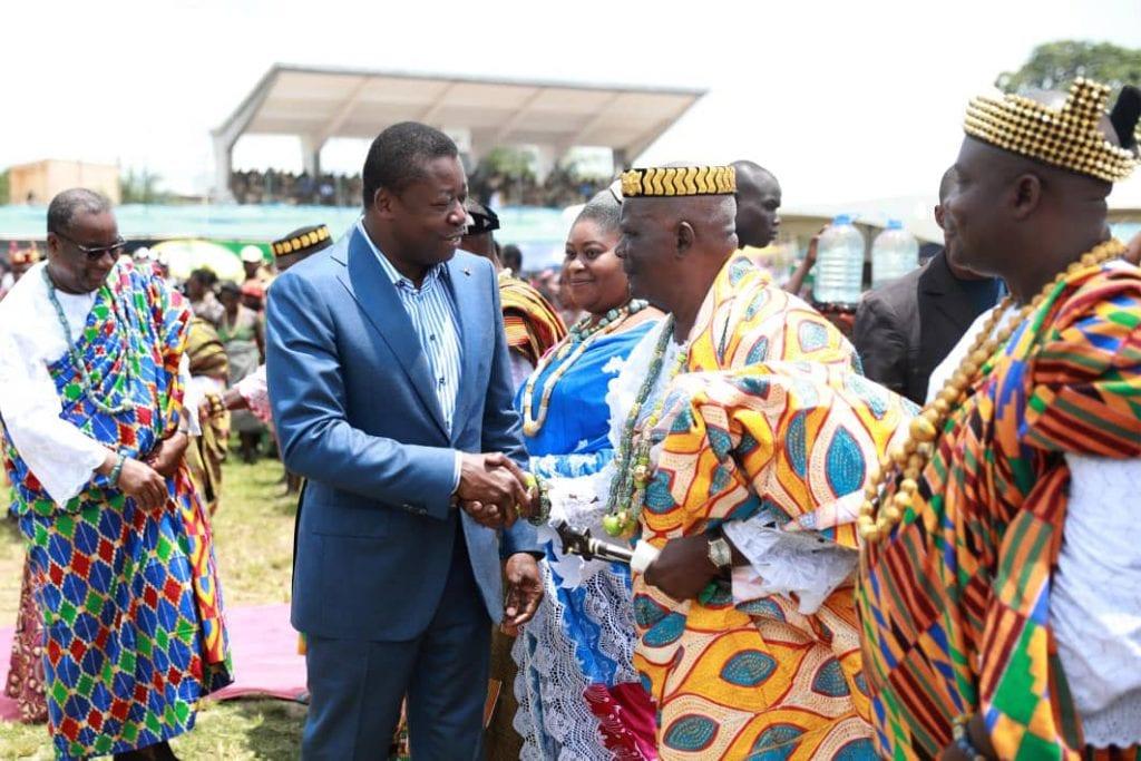 La 49è édition de Ayizan, fête traditionnelle des communautés de la préfecture du Zio, a été célébrée dans une liesse populaire ce 10 août 2019 à Tsévié, en présence du Président de la République SEM Faure Essozimna Gnassingbé.
