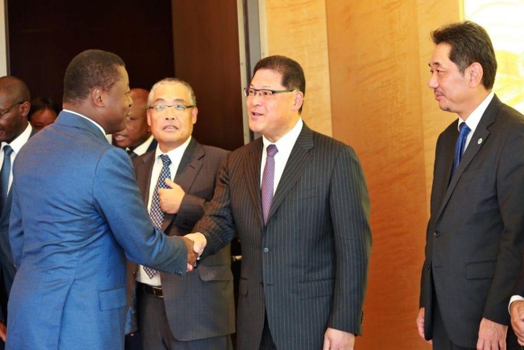 n séjour au Japon, dans le cadre de la TICAD7 qui s'ouvre demain à Yokohama, le chef de l'Etat SEM Faure Essozimna Gnassingbé a échangé, ce 27 août 2019 au siège de Mitsubishi Corporation, avec les responsables de la firme industrielle.