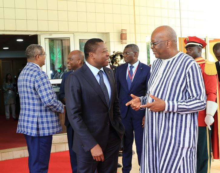 Le Président de la République SEM Faure Essozimna Gnassingbé est arrivé, ce 14 septembre 2019 à Ouagadougou au Burkina Faso, pour prendre part aux travaux du sommet extraordinaire de la Cedeao sur la lutte contre le terrorisme.
