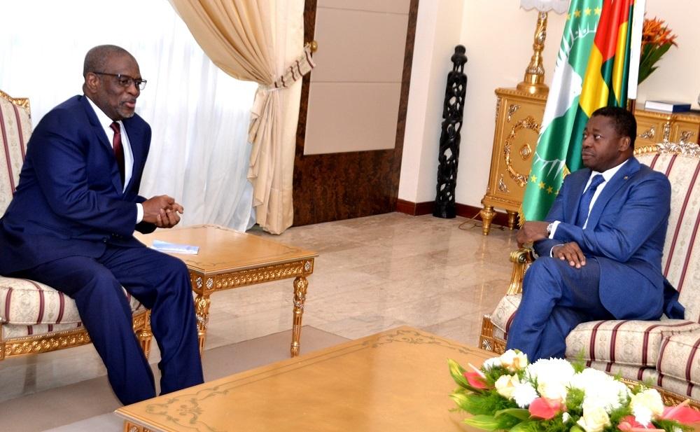 Le chef de l'Etat SEM Faure Essozimna Gnassingbé a reçu, ce 29 novembre 2019, le président de la Commission de l'Uemoa, M. Boureima Abdallah, en visite de travail à Lomé.