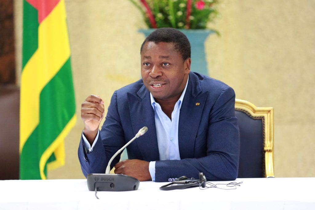 Tribune dans Jeune Afrique