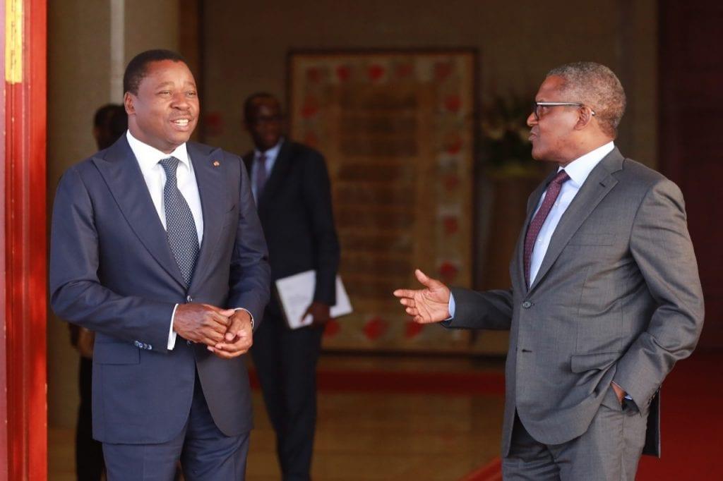 Le chef de l'Etat SEM Faure Essozimna GNASSINGBE s'est entretenu, ce 12 mars 2020 au palais de la Présidence de la République, avec l'homme d'affaires nigérian, le Président Directeur Général du groupe Dangote, M Aliko Dangote.