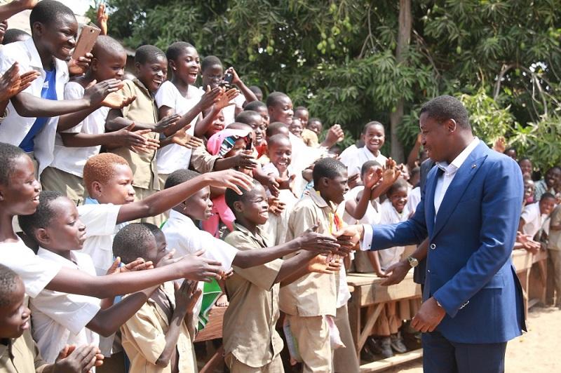 Dans le cadre de l'évaluation des mesures de riposte du nouveau Coronavirus, le Président de la République SEM Faure Essozimna Gnassingbé a pris de nouvelles dispositions en vue de la validation de l'année scolaire et académique en cours.