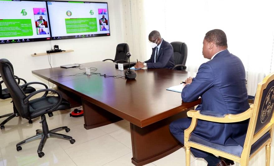 Le Président de la République SEM Faure Essozimna Gnassingbé a pris part, ce 20 août 2020, par visioconférence, aux travaux du sommet extraordinaire de la Conférence des chefs d'État et de gouvernement de la Communauté économique des Etats de l'Afrique de l'ouest, sur la situation du Mali.