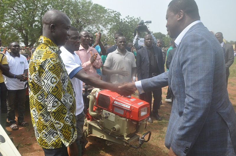 Le Président de la République, SEM Faure Essozimna Gnassingbé a lancé un appel aux autres dirigeants du monde à accroître leur financement en faveur du Fonds international de développement agricole (FIDA). C'était dans une lettre co-signée avec ses homologues de l'Angola, du Bénin, du Faso, de la Côte d'Ivoire, de l'Éthiopie, de la Gambie, du Kenya, du Sénégal et de la Sierra Leone