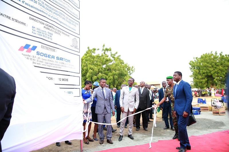Le Président de la République, SEM Faure Essozimna Gnassingbé s'est engagé à garantir le droit au logement pour tous dans un environnement propice et un cadre de vie agréable et attrayant.