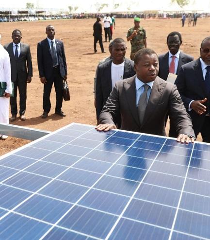 La détermination du Président de la République, SEM Faure Essozimna Gnassingbé, à relever le défi de l'énergie électrique pour tous à l'horizon 2030 suit son cours