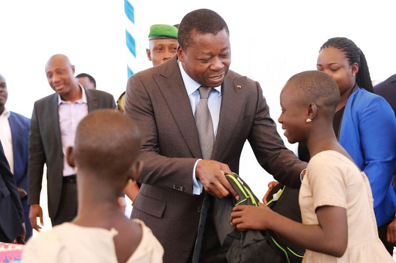 Le Président de la République, SEM Faure Essozimna Gnassingbé s'est adressé, ce 02 novembre 2020, le premier jour de l'année scolaire 2020-2021, aux acteurs de l'éducation nationale.