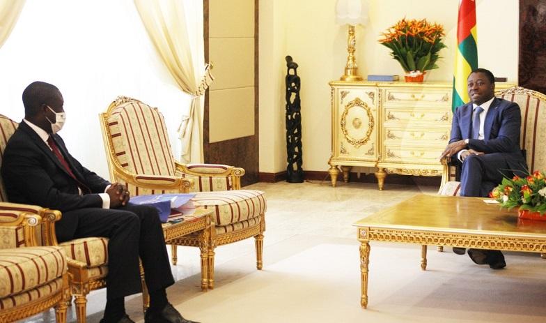 Le Président de la République, SEM Faure Essozimna Gnassingbé s'est entretenu ce 27 novembre 2020 avec M. Patrice Anato, député à l'Assemblée nationale française, président du groupe diplomatie économique avec l'Afrique, en visite de travail à Lomé. Au menu des échanges, le jumelage entre les collectivités territoriales togolaises et françaises.