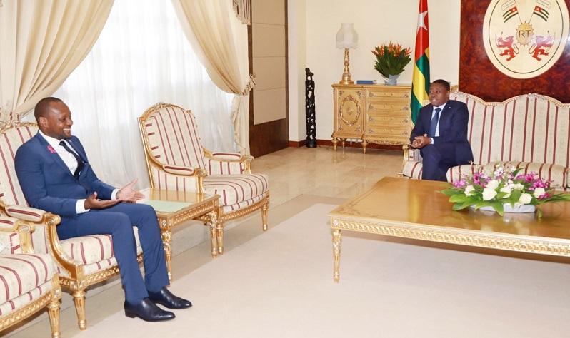 Le Président de la République SEM Faure Essozimna Gnassingbé a reçu, ce 18 novembre 2020, l'ambassadeur du Gabon, M.Sayid Abeloko porteur d'un message de son Président, SEM Ali Bongo Ondimba.