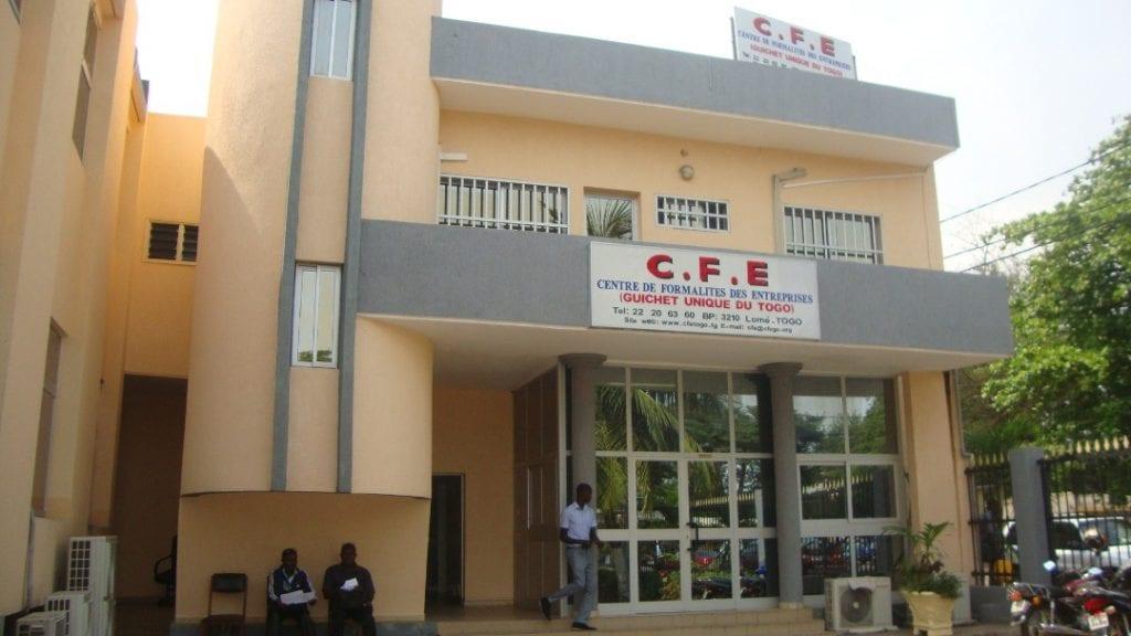 Le gouvernement togolais dans sa politique de promotion du secteur privé a pris plusieurs mesures pour alléger et sécuriser le processus d'établissement des entreprises.
