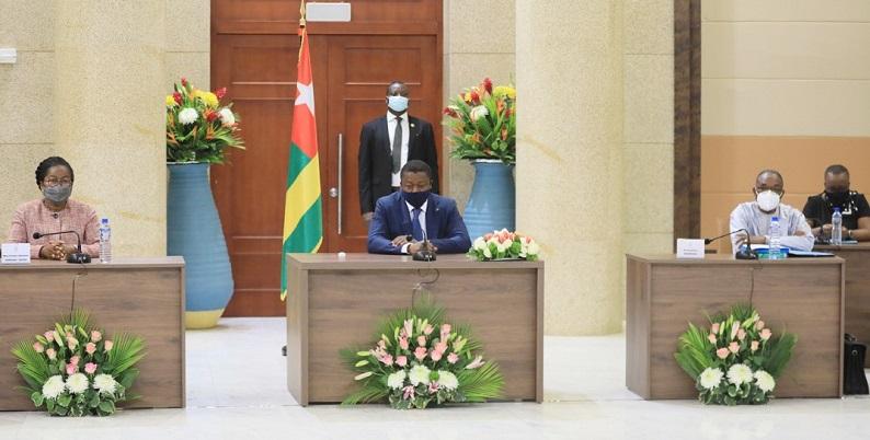 L'équipe gouvernementale s'est réunie ce 24 février 2021 en Conseil des ministres sous la présidence du Chef de l'Etat, SEM Faure Essozimna Gnassingbé.