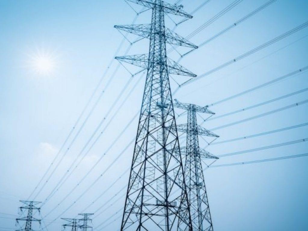Le gouvernement togolais poursuit les efforts pour l'amélioration continue du climat des affaires. Dans le secteur de l'énergie, de nouvelles initiatives ont été prises pour faciliter le raccordement des entreprises aux réseaux électriques de distribution.