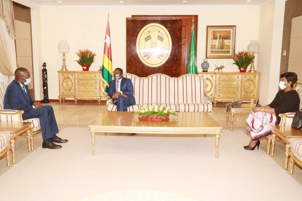 Le Président de la République Faure Essozimna Gnassingbé a reçu, ce 5 mars 2021, une délégation du Comité national de transition (CNT) au Mali conduite par son président Malick Diaw.