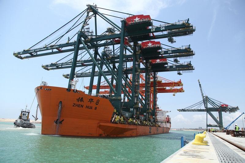 Le secteur portuaire joue un rôle stratégique dans l'économie nationale. Environ 60% des revenus de l'Etat sont générés par le Port autonome de Lomé. Malgré le ralentissement des flux de la navigation maritime dans le monde dû à la crise sanitaire, le Port autonome de Lomé demeure la plateforme portuaire la plus importante pour le transbordement international et le déploiement de la nouvelle politique de fret en Afrique.