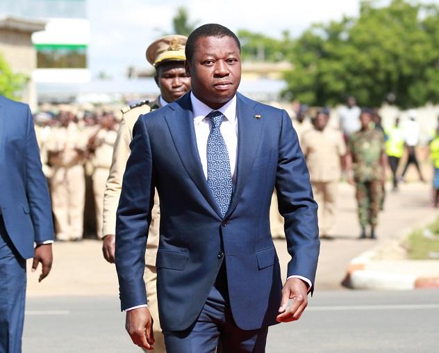 Le gouvernement togolais a acté, ce mardi 13 avril 2021, un Mémorandum d'entente avec Singapore Corporation Entreprise. Ce partenariat renouvelé est orienté vers plusieurs secteurs notamment l'économie, l'agriculture, les infrastructures et l'énergie.