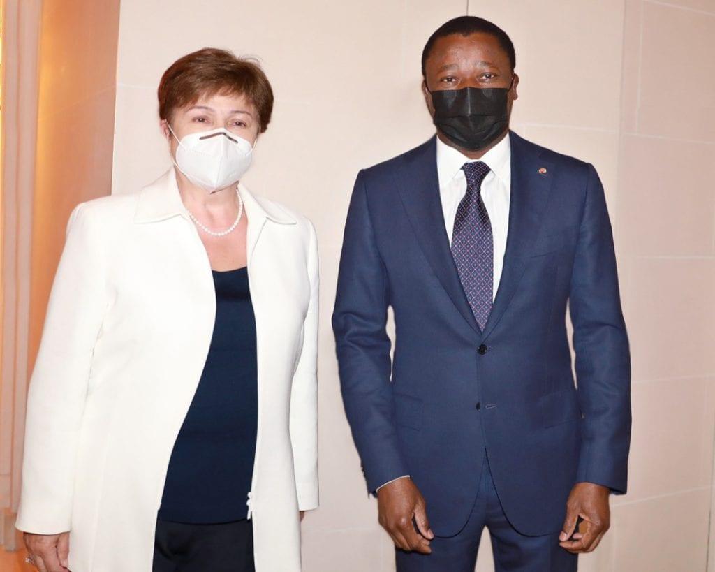 En prélude au sommet de Paris sur les économies africaines post-Coivid-19, le Président de la République s'est entretenu ce dimanche 16 mai 2021 avec Mme Kristalina Georgieva, Directrice générale du Fonds monétaire international (FMI).