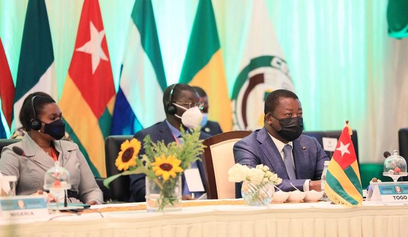 Le Président de la République Faure Essozimna Gnassingbé et ses pairs de la CEDEAO se sont réunis, ce dimanche 30 mai 2021 à Accra au Ghana, en session extraordinaire sur la crise sociopolitique au Mali.