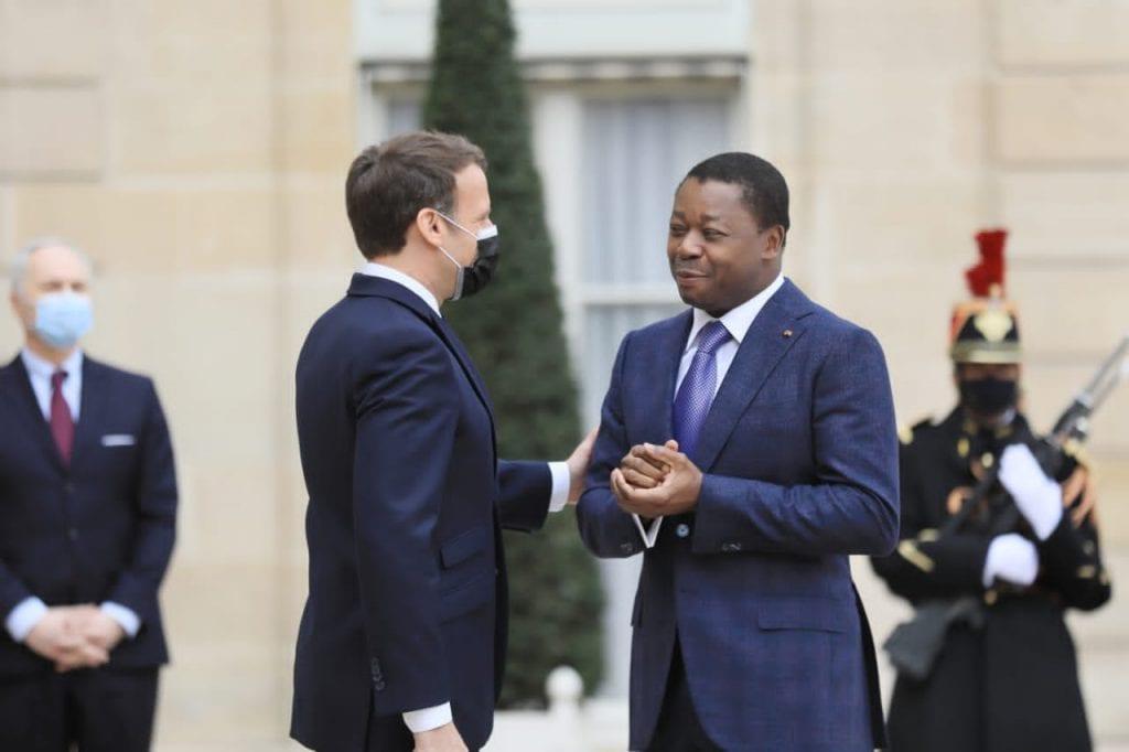 Des dirigeants du monde ont formulé des vœux de paix et de prospérité au Président de la République, Faure Essozimna Gnassingbé et au peuple togolais, à l'occasion de la commémoration du 61è anniversaire de l'accession de notre pays à la souveraineté internationale. Le Président Emmanuel Macron est le premier dirigeant occidental à adresser en son nom propre et au nom du peuple français, ses chaleureuses félicitations au Chef de l'Etat et à tout le peuple togolais.