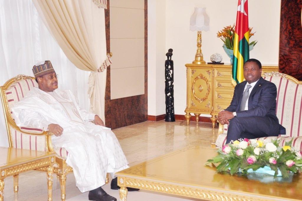 Le Chef de l'Etat Faure Essozimna Gnassingbé a reçu ce vendredi 04juin 2021 le Président de l'Assemblée nationale du Niger, M. Seini Oumarou.