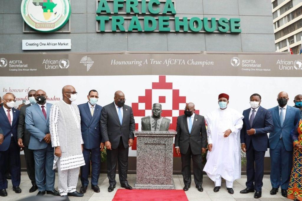 Le Président de la République, Champion du Marché unique de transport aérien africain (MUTAA), a adressé ses félicitations à Issoufou Mahamadou pour avoir conduit avec succès cette initiative de l'Union africaine (UA).