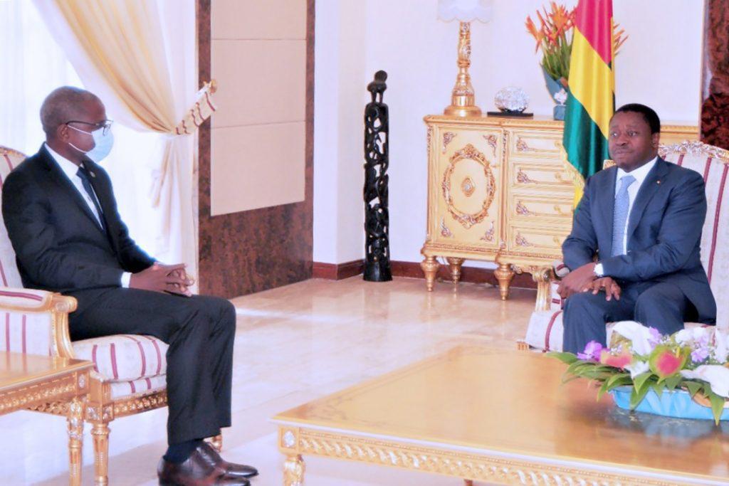 Le Président de la République Faure Essozimna Gnassingbé a reçu ce 17 septembre 2021, le Coordonnateur du Système des Nations unies, Damien Mama en fin de mission au Togo.