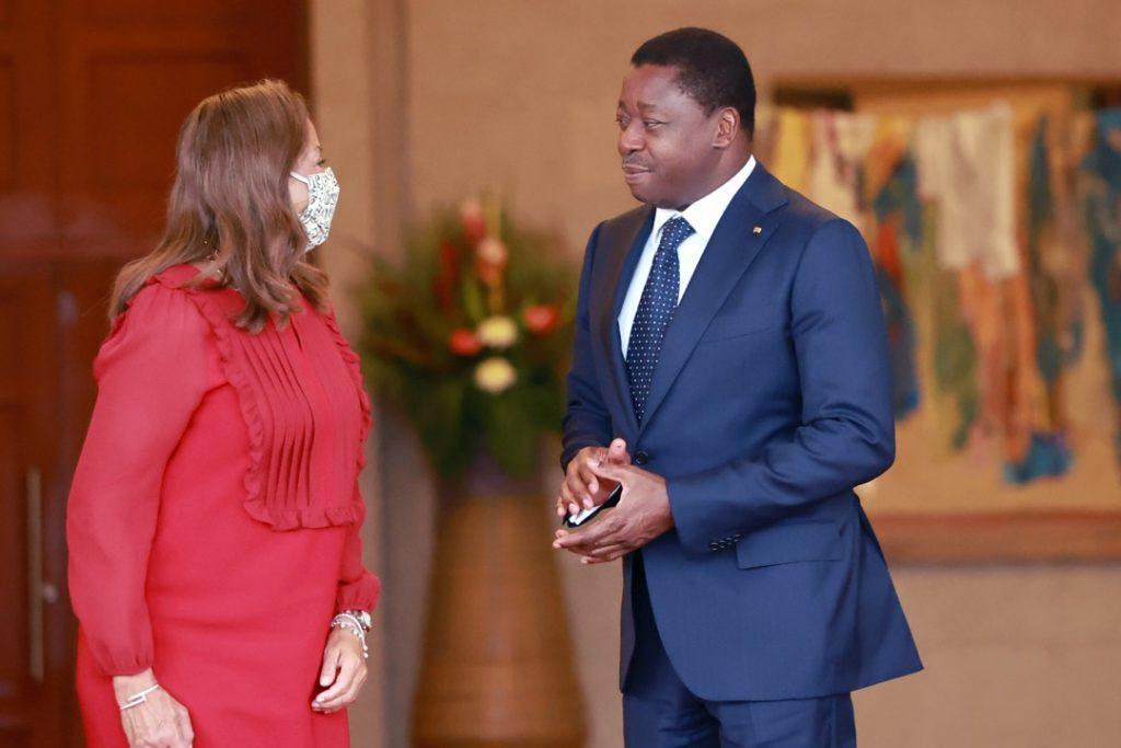 Le Président de la République Faure Essozimna Gnassingbé s'est entretenu, ce mercredi 15 septembre 2021, avec le Commissaire à l'infrastructure et à l'énergie de la Commission de l'Union africaine (UA), Madame Amani Abou-Zeid, en visite de travail à Lomé.
