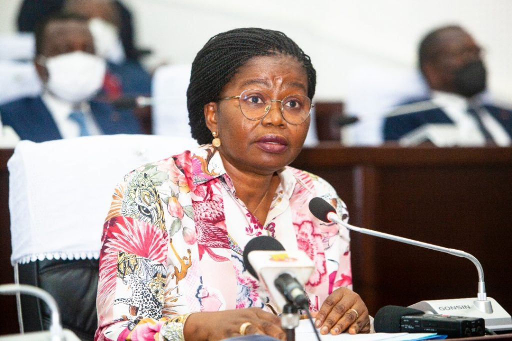 La représentation nationale a accédé à la requête du gouvernement en lui accordant 12 mois d'état d'urgence sanitaire et de l'habilitation au lieu de 6 mois préalablement sollicités.
