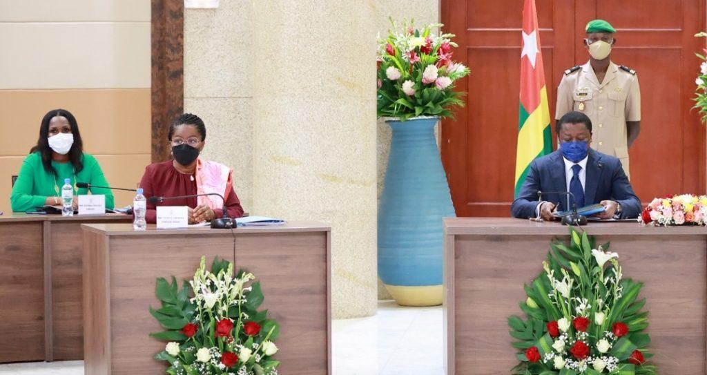 Le conseil des ministres s'est réuni ce mardi 12 octobre 2021 sous la présidence de Son Excellence Monsieur Faure Essozimna Gnassingbé, Président de la République. Le conseil a examiné deux (02) projets de décrets et écouté quatre (04) communications.